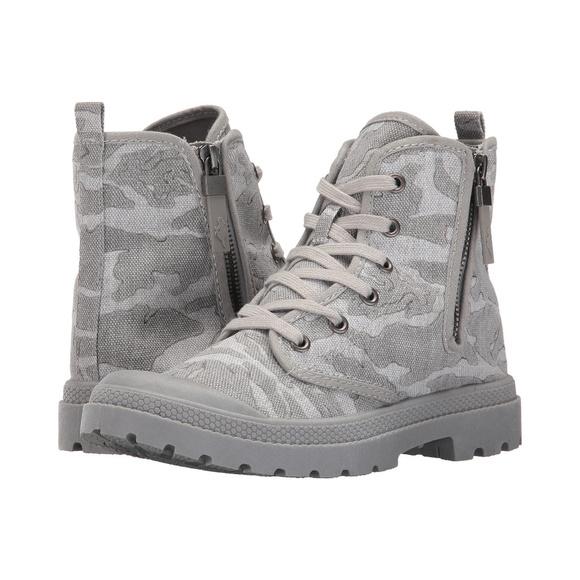 6a6386c9516e5 Rocket Dog Shoes | New Porter Undercover Grey Camo Boots | Poshmark